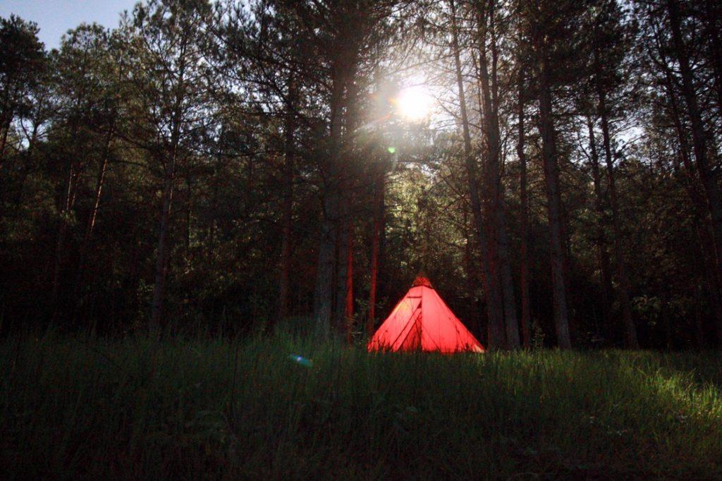 Motorradreise - wild campen mit dem Tipi