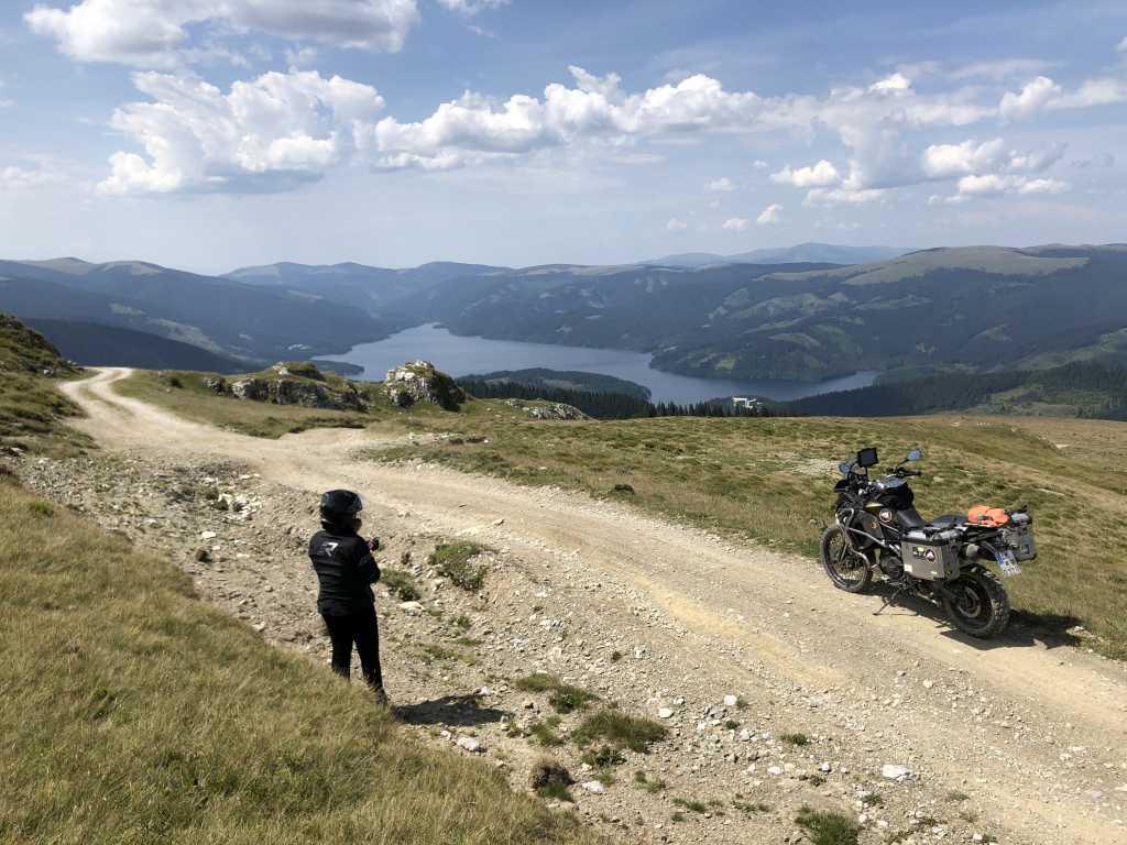 Wir wollten nach Rumänien. Enduro fahren. Land und Leute kennenlernen. Vorurteile beseitigen und das Land bereisen.